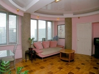 2 bedroom apartment for daily rentals in a center of Moscow near the US Embassy.