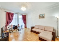 rent apartment with Kremlin view